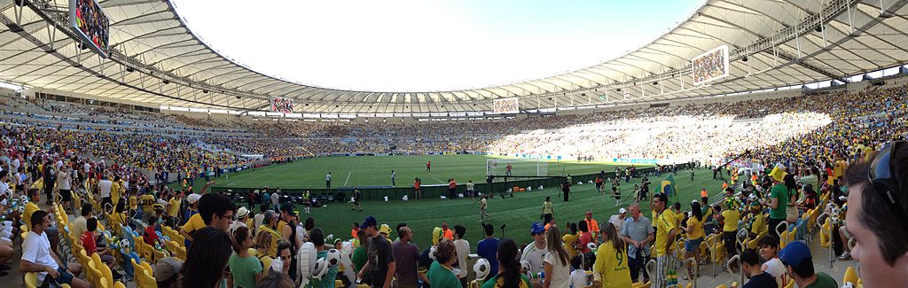 1024px-England_v_Brazil_in_Rio_-_Estádio_do_Maracanã_2013