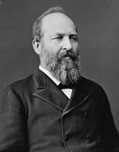 256px-James_Abram_Garfield,_photo_portrait_seated