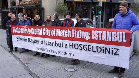 Istanbul, Türkei: Seit Jahren wird der türkische Fußball von Manipulation und Korruption heimgesucht. Eine Gruppe kämpft für Gerechtigkeit im türkischen Fußball.
